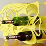 Peixe tropical como adega de balcão para garrafas de vinho