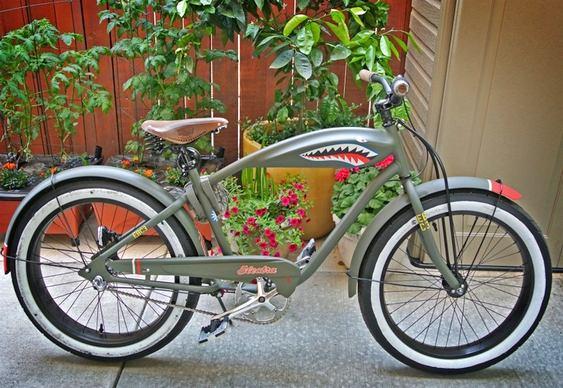 Bike imita moto chopper