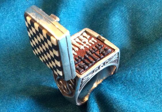 Jogo de xadrez num anel