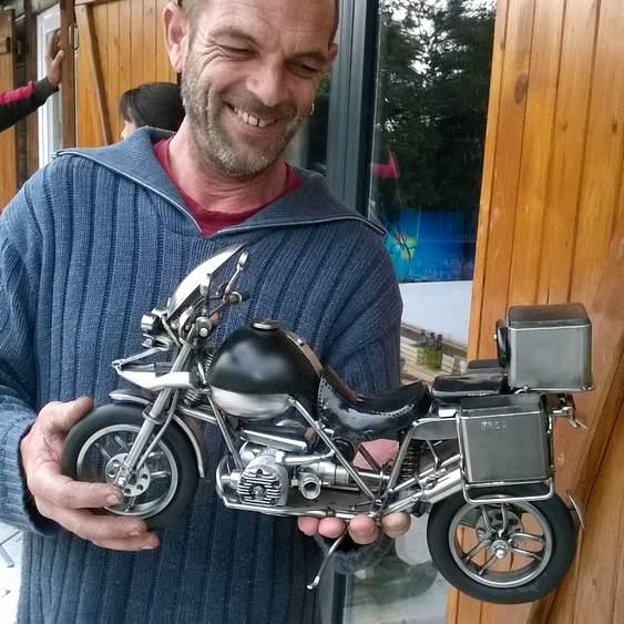 Réplica de motocicleta BMW