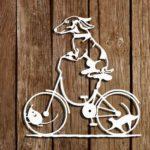 Painéis divertidos de cães, gatos e ratos andando de bicicleta