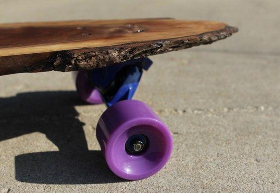 Skate com lâmina de madeira