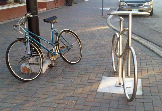 Imitação de bicicleta de metal