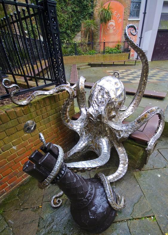 Escultura de polvo