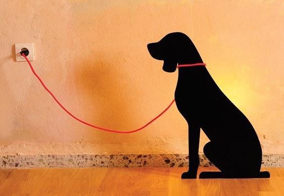 Luminária com formato de cão