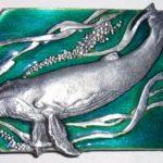 Fivelas de metal para cintos com baleias 3D em alto-relevo