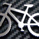 Chaveiro de mountain bike inspira painel de parede com bicicleta