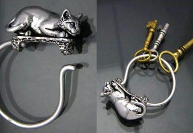 Chaveiro de gato com argola de pressão tipo aço mola