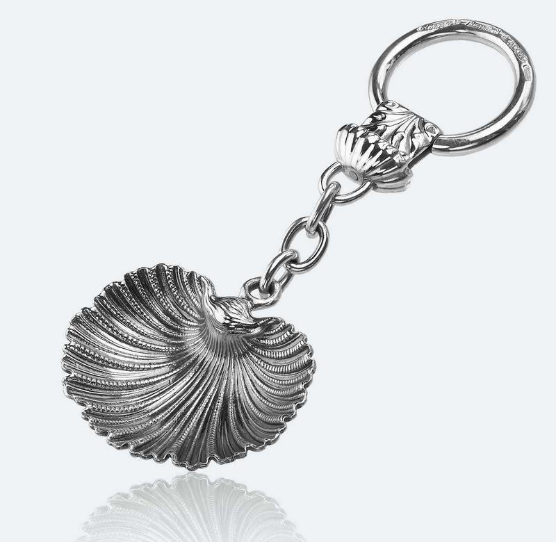 Pingente de concha marinha