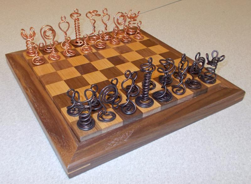 Peças de xadrez recicladas