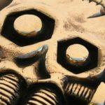 Fivela steampunk para motociclista com caveira de Frankenstein
