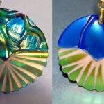 Cacos e pedaços de porcelana reciclados como pingentes e joias