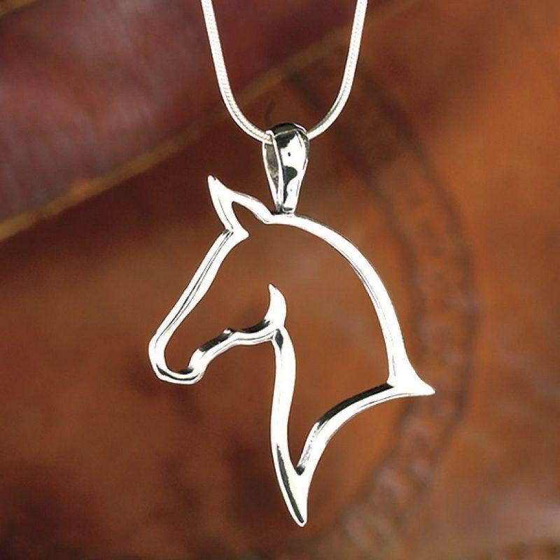 Joia de prata com cavalo
