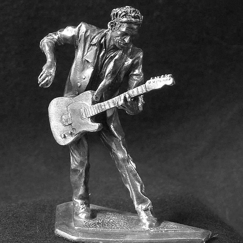 Estatueta do guitarrista dos Rolling Stones
