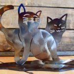 Gatos em escultura de metal para chão e prateleira