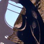 Letreiro dupla face para cervejaria artesanal vazado em metal