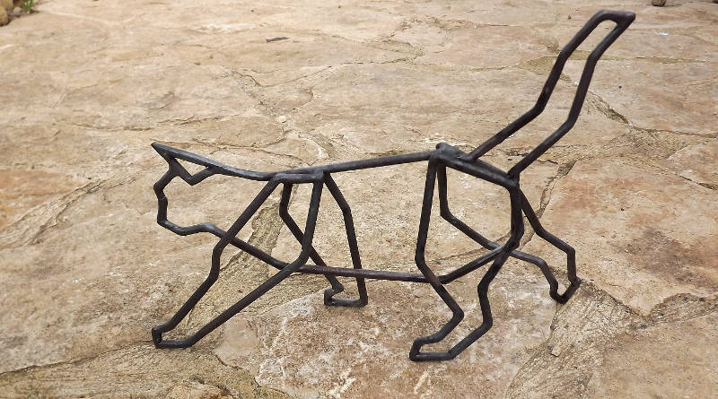Escultura de gato