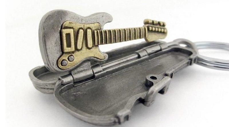 Miniatura de instrumento musical
