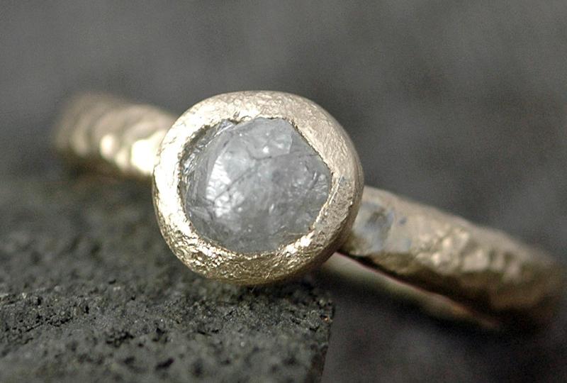 Pedra bola preciosa