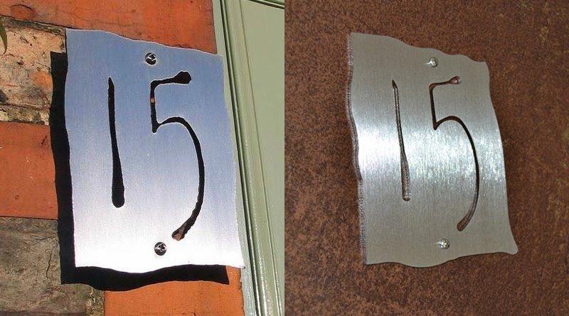 Placas com números de endereço