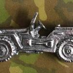 Pins e bottons de jipes militares da Segunda Guerra Mundial