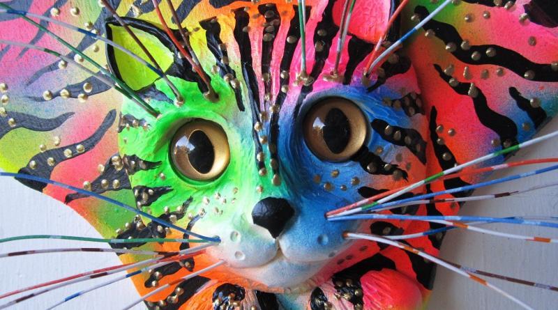 Escultura de gatinho