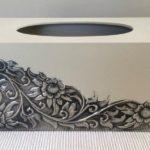 Caixas de madeira enfeitadas com lâminas de pewter gravadas