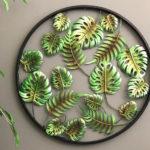 Folhas de samambaia e costela-de-adão em painel 3D de metal