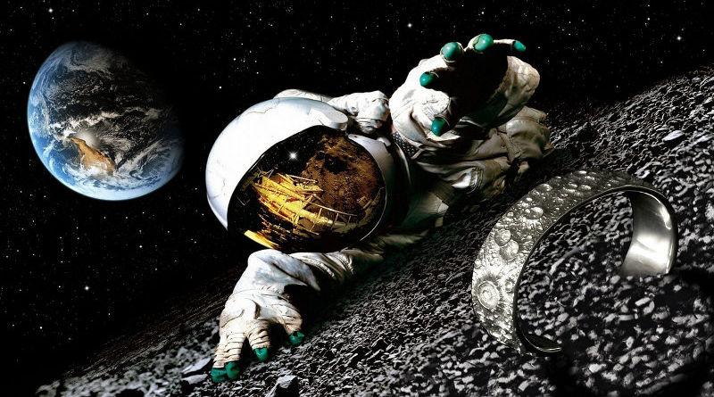 Pulseira com crateras da Lua em alto-relevo