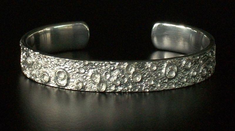 Bracelete regulável da Lua em 3D