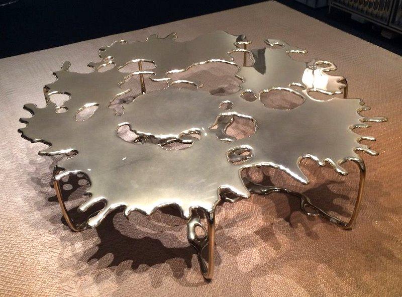 Escultura de aço inox