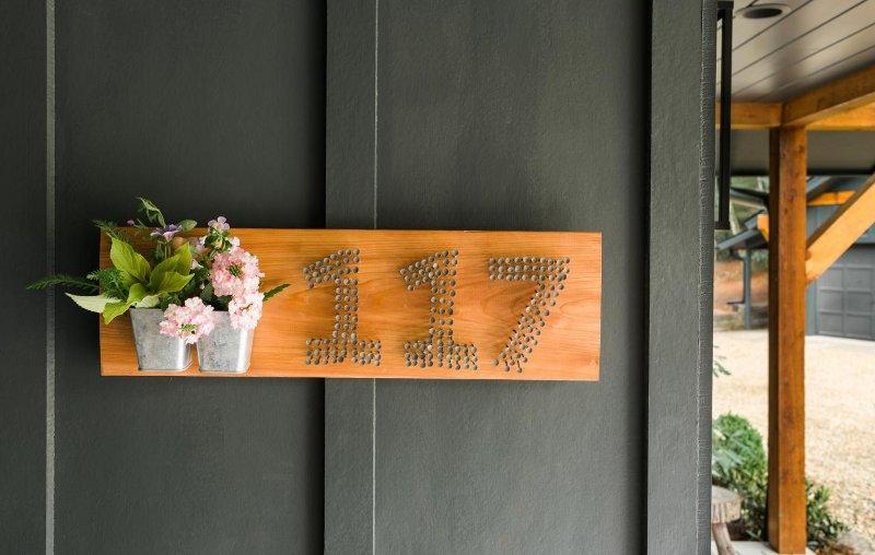 Placa artesanal para endereço