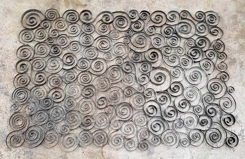 Volutas de ferro em espiral